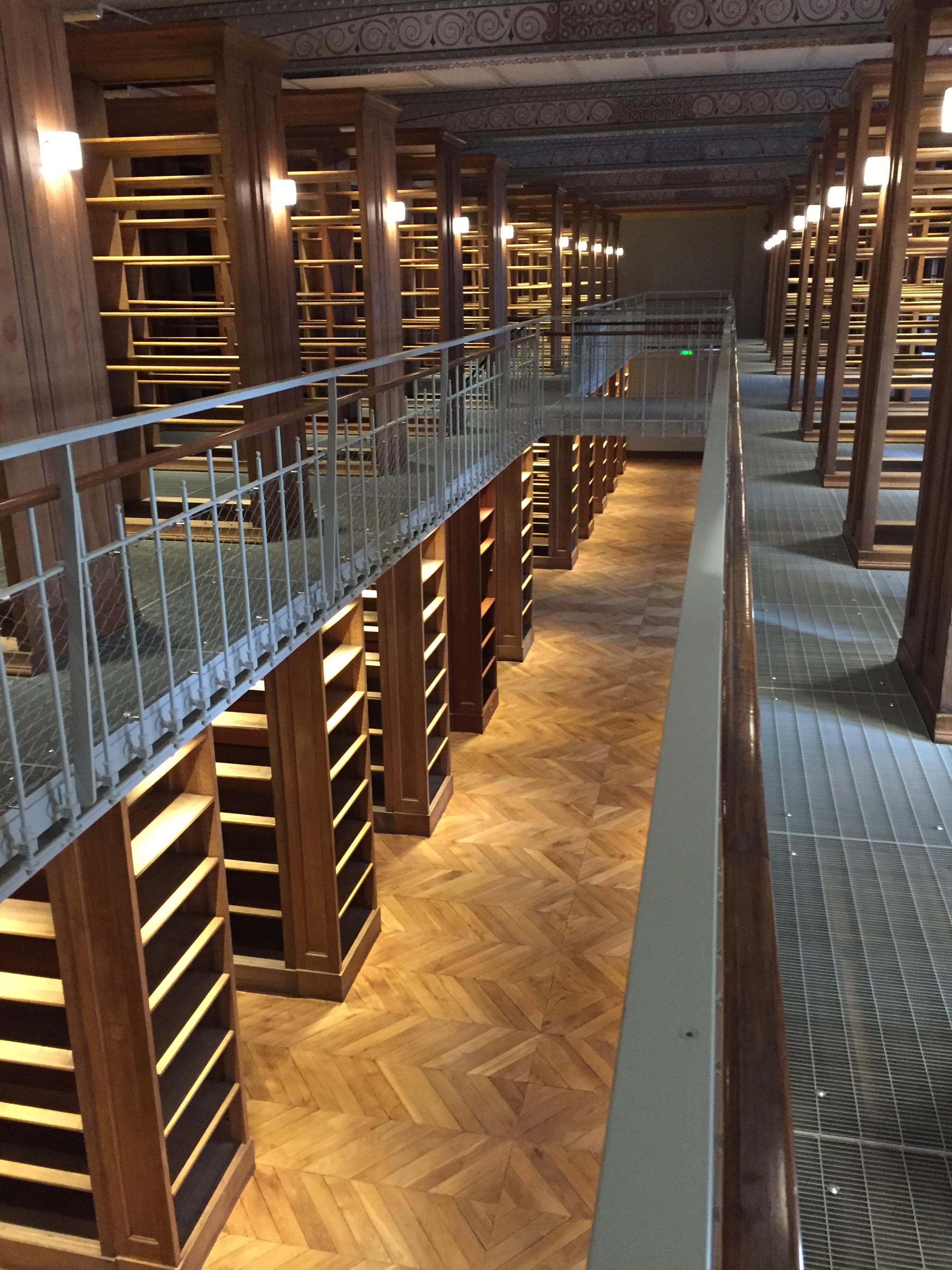 psl_psl-explore_enc_bibliotheque_demenagement_rayons