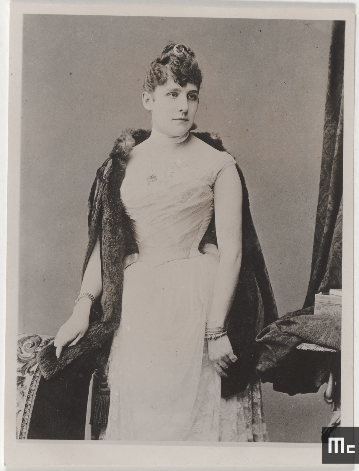 Mme Fuchs chez qui Maria Sklodowska a été préceptrice à Zoppot et à Varsovie, de 1889 à 1890 (Source : Musée Curie ; coll. ACJC)