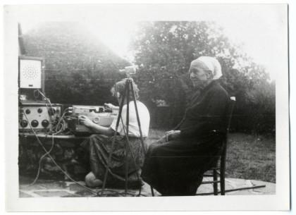 Claudie Marcel-Dubois enregistre la conteuse Euphrasie Pichon