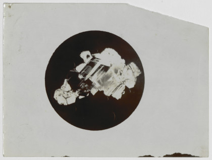 Photographie d'un cristal, B' . Echantillon A' pressé