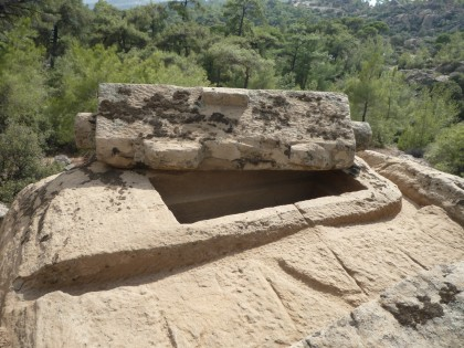 Sarcophage rupestre