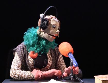 Rosie Palmer, journaliste-marionnette