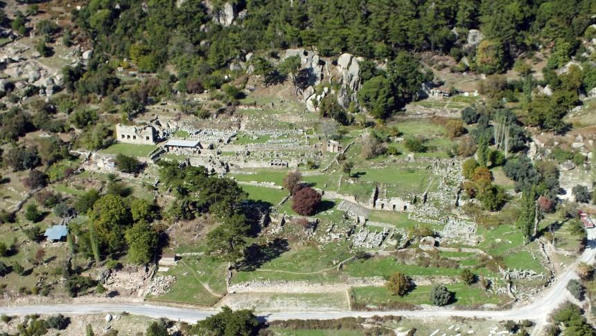 Vue aérienne du sanctuaire de Labraunda