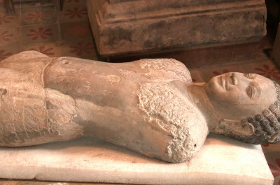 statue de Krishna Govardhana